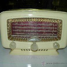 Radios de válvulas: RADIO RADIALVA FUNCIONANDO. Lote 26483400