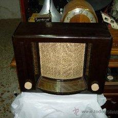 Radios de válvulas: PHILIPS V6 A FUNCIONANDO. Lote 27170277