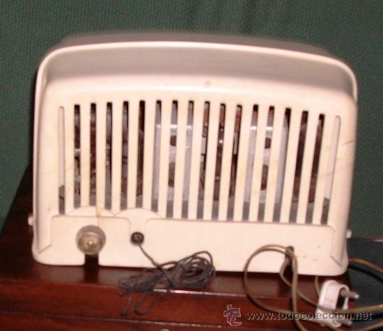 Radios de válvulas: Radio Mod. Philips de Valvulas Md.25x16x13 Cm.Funciona a 125v. - Foto 3 - 24409200