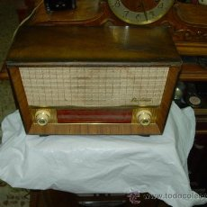 Radios de válvulas: RADIO BERTRAN FUNCIONANDO. Lote 202735271