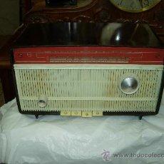 Radios de válvulas: RADIO PHILIPS FUNCIONANDO. Lote 27554734