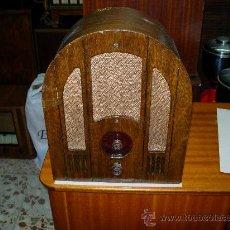 Radios de válvulas: RADIO CAPILLA FUNCIONANDO. Lote 26504005