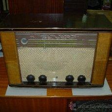 Radios de válvulas: RADIO PHILIPS FUNCIONANDO. Lote 26543769