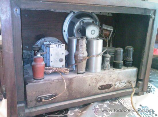 Radios de válvulas: Radio Invicta modelo 482 - funcionando a 125 v. - Foto 2 - 26585059