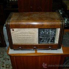 Radios de válvulas: RADIO PHILIPS. Lote 26682632