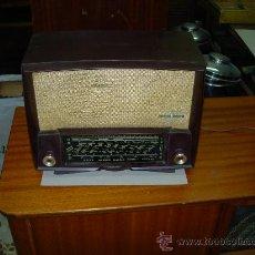 Radios de válvulas: RADIO DUCRETET FUNCIONANDO. Lote 26796711
