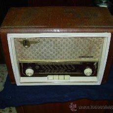 Radios de válvulas: TELEFUNKEN CAMPANELA. Lote 26796706