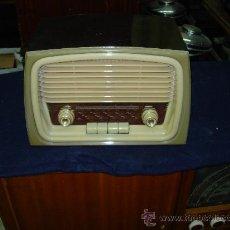 Radios de válvulas: RADIO VICA FUNCIONANDO. Lote 26796708