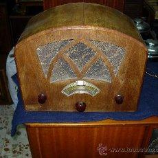 Radios de válvulas: RADIO FUNCIONANDO. Lote 27000767