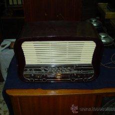 Radios de válvulas: RADIO PHILIPS. Lote 27075355
