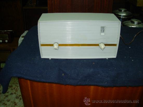 RADIO INVICTA (Radios, Gramófonos, Grabadoras y Otros - Radios de Válvulas)