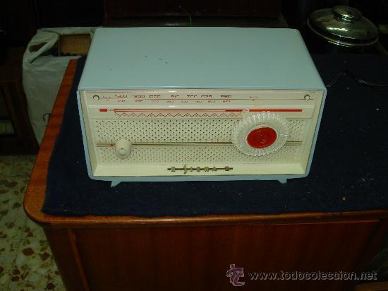 RADIO SIERA FUNCIONANDO (Radios, Gramófonos, Grabadoras y Otros - Radios de Válvulas)