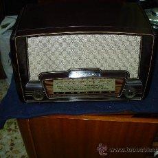 Radios de válvulas: RADIO IBERIA FUNCIONANDO. Lote 27261437