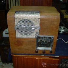 Radios de válvulas: RADIO FUNCIONANDO. Lote 26486211