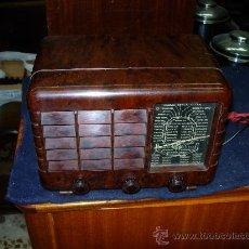 Radios de válvulas: RADIO DUBILIER FUNCIONANDO. Lote 27053655
