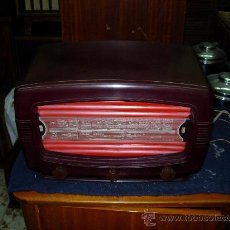 Radios de válvulas: RADIO RADIALVA FUNCIONANDO. Lote 27240506