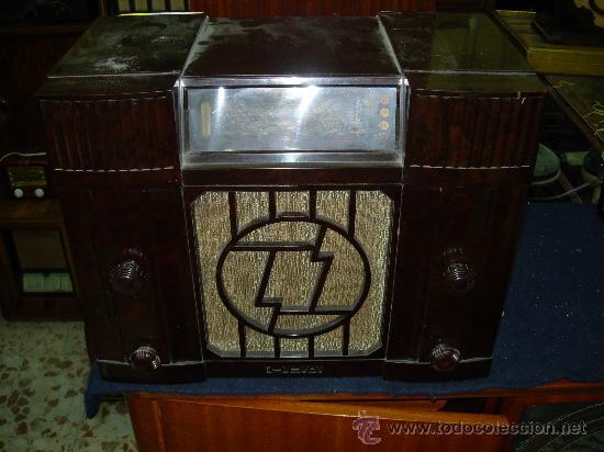 RADIO ORADYNE FUNCIONANDO A 220 V. (Radios, Gramófonos, Grabadoras y Otros - Radios de Válvulas)
