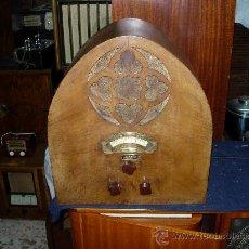 Radios de válvulas: RADIO CAPILLA FUNCIONANDO. Lote 27710585
