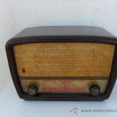 Radios de válvulas: RADIO DE VALVULA Y BAQUELITA. Lote 27726991
