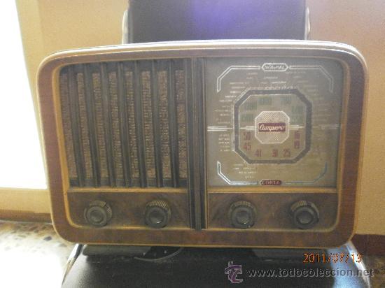 RADIO DE VALVULAS MODELO CAMPERO. (Radios, Gramófonos, Grabadoras y Otros - Radios de Válvulas)