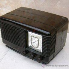 Radios de válvulas: RADIO ANTIGUA BAQUELITA DE VALVULAS DE LA MARCA SONORA, FUNCIONANDO, RADI365. Lote 31177102