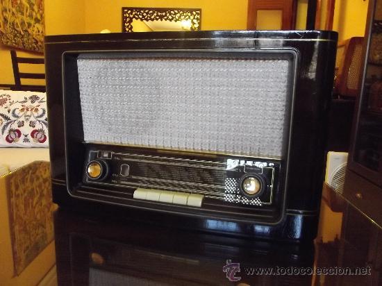 OPORTUNIDAD,RADIO DE VÁLVULAS SABA, MODELO MAINAU W4, FUNCIONANDO, AÑO 1954, UNA JOYA. (Radios, Gramófonos, Grabadoras y Otros - Radios de Válvulas)