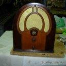 Radios de válvulas: RADIO PHILCO FUNCIONANDO. Lote 34454455
