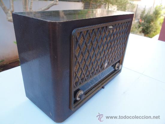 Radios de válvulas: RADIO A VALVULAS PHILIPS , DE LOS AÑOS 50 - Foto 3 - 35089856