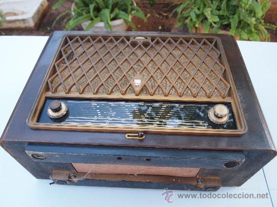 Radios de válvulas: RADIO A VALVULAS PHILIPS , DE LOS AÑOS 50 - Foto 4 - 35089856