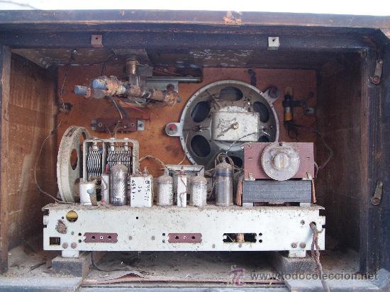 Radios de válvulas: RADIO A VALVULAS PHILIPS , DE LOS AÑOS 50 - Foto 6 - 35089856