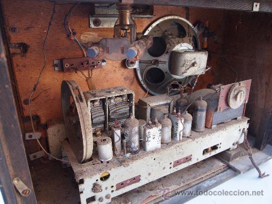 Radios de válvulas: RADIO A VALVULAS PHILIPS , DE LOS AÑOS 50 - Foto 7 - 35089856