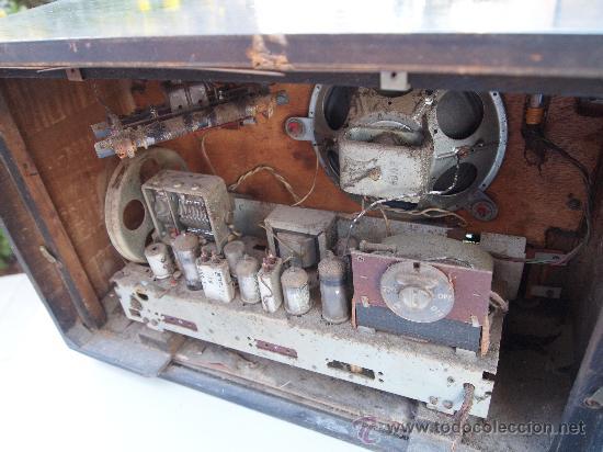 Radios de válvulas: RADIO A VALVULAS PHILIPS , DE LOS AÑOS 50 - Foto 8 - 35089856