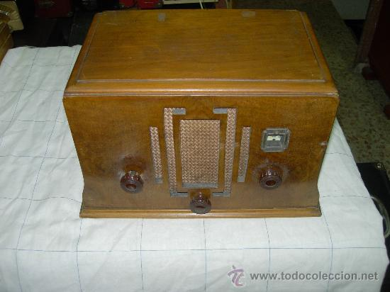 RADIO OMNIA INTERNATIONAL (Radios, Gramófonos, Grabadoras y Otros - Radios de Válvulas)