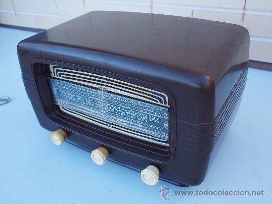 Radios de válvulas: FUNCIONANDO -PRECIOSA RADIO A VALVULAS - Foto 3 - 35510640