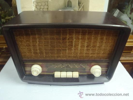 RADIO DE VALVULAS FUNCIONANDO MARCA ASKAR (Radios, Gramófonos, Grabadoras y Otros - Radios de Válvulas)