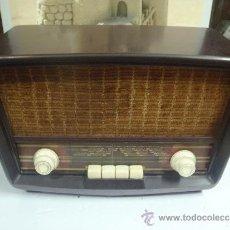 Radios de válvulas: RADIO DE VALVULAS FUNCIONANDO MARCA ASKAR. Lote 36993284