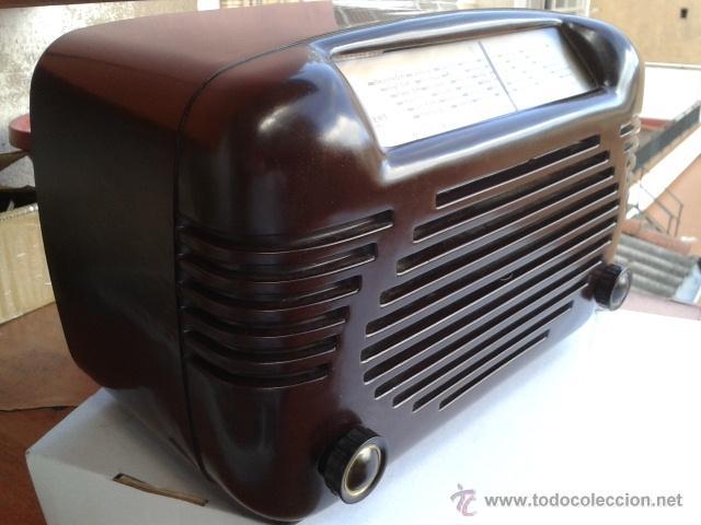 Radios de válvulas: Antigua y coqueta radio SIEMENS - SUPER 513 U. 1951 . FUNCIONANDO a 220 V - Foto 2 - 41049640