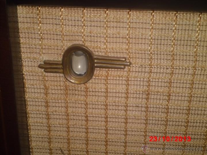 Radios de válvulas: RADIO ANTIGUA CON CAJA DE MADERA DE LA MARCA ASKAR - Foto 3 - 192209445