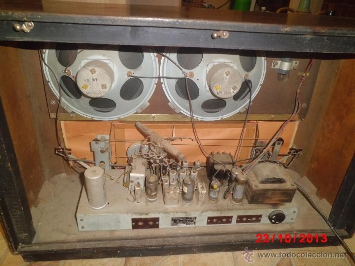 Radios de válvulas: RADIO ANTIGUA CON CAJA DE MADERA DE LA MARCA ASKAR - Foto 8 - 192209445
