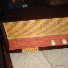 Radios de válvulas: ANTIGUA RADIO PHILIPS DE LOS AÑOS 40-50 QUE ANUNCIABA CARMEN SEVILLA POR TV. Lote 39744419