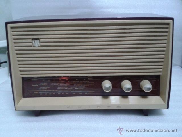 Radios de válvulas: ANTIGUA Y PEQUEÑA RADIO- INVICTA MOD. 5367. FUNCIONANDO. - Foto 4 - 40719017