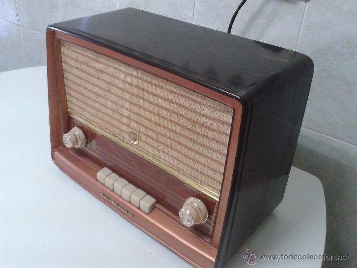 Radios de válvulas: Antigua radio PHILIPS Mod.B4E72 A. FUNCIONANDO - Foto 3 - 41140790