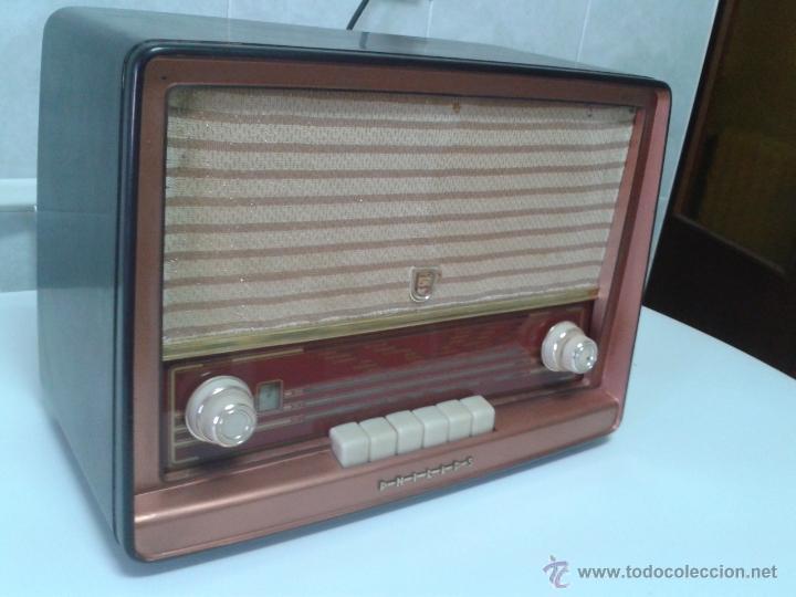 Radios de válvulas: Antigua radio PHILIPS Mod.B4E72 A. FUNCIONANDO - Foto 4 - 41140790