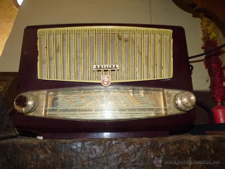 Radios de válvulas: PRECIOSA RADIO ANTIGUA PHILIPS TOTALMENTE ORIGINAL - Foto 2 - 41201847
