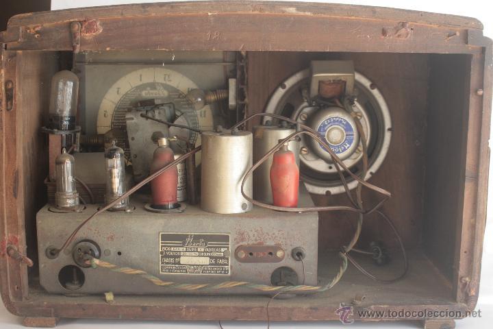 Radios de válvulas: PRECIOSA RADIO ANTIGUA DE MADERA MARCA IBERIA AÑO 1947 - Foto 6 - 42098958