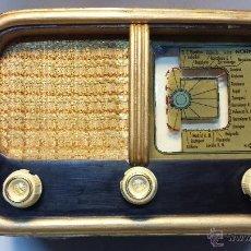Radios de válvulas: RADIO MADERA COLECCIONISMO. SIN MARCA VISIBLE. TODO ORIGINAL, NO TIENE ROTURAS . Lote 42277421