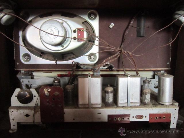 Radios de válvulas: Radio Guetz con caja de madera. - Foto 12 - 25804893