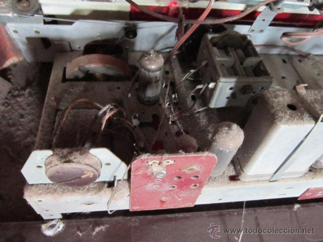 Radios de válvulas: Radio Guetz con caja de madera. - Foto 13 - 25804893
