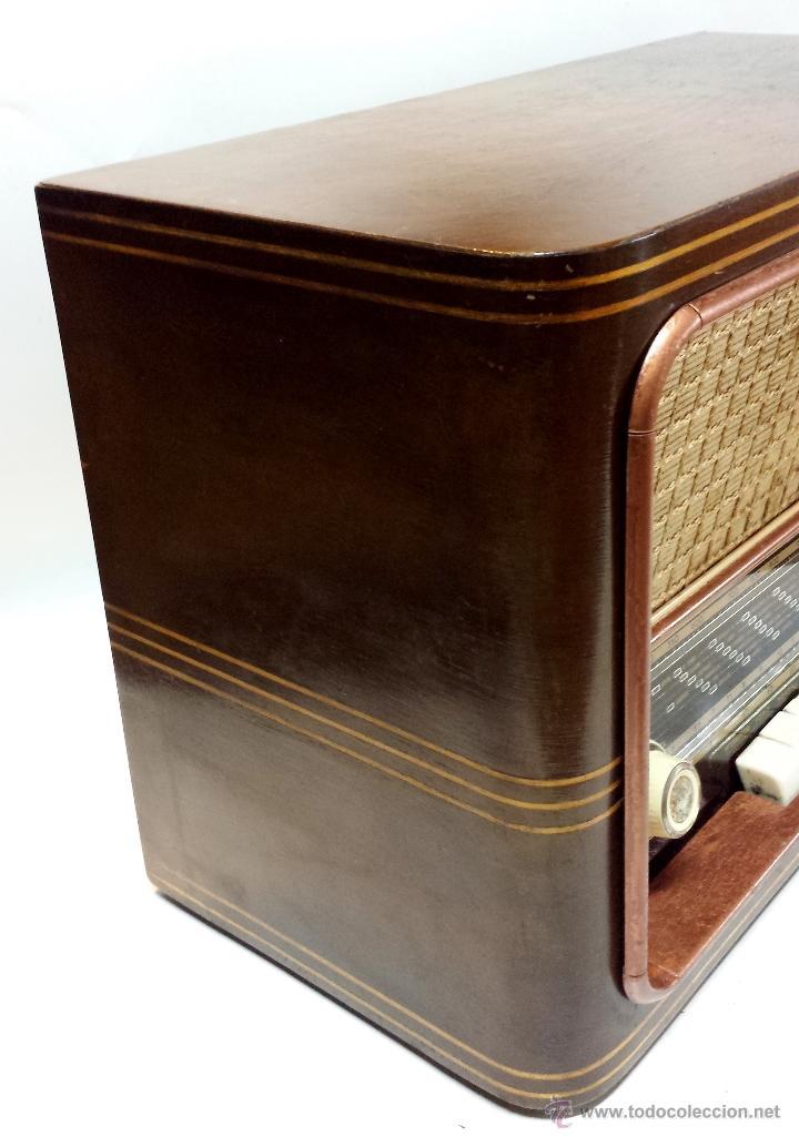 Radios de válvulas: RADIO MADERA MAGESTIC MOD. SPUTNIK-P. PIEZA COLECCIONISTA. NO FUNCIONA. VER DESCRIPCION - Foto 6 - 43215920