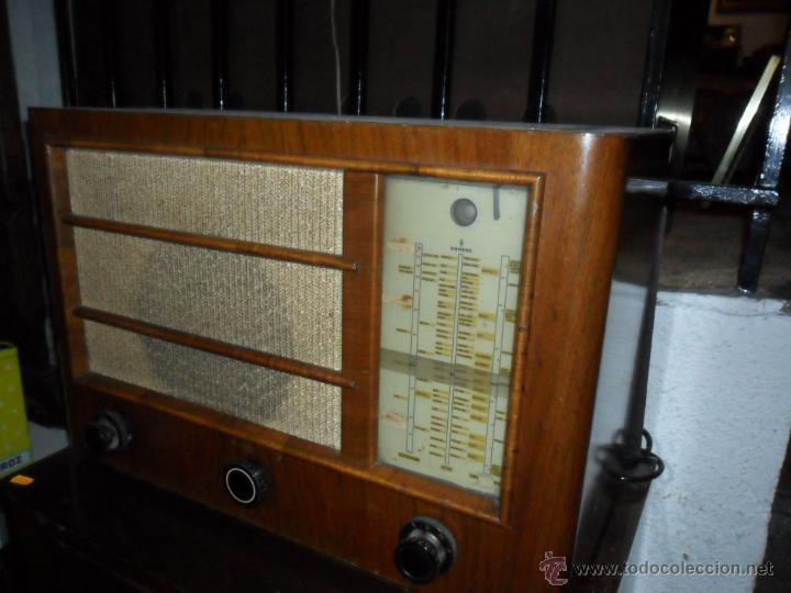 Radios de válvulas: APARATO DE RADIO EN MADERA DE NOGAL - AÑOS 40 DE LA CASA SIEMENS - Foto 3 - 43425323